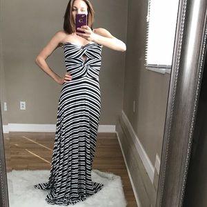 NWT Felicity + Coco Strapless Keyhole Maxi  Dress